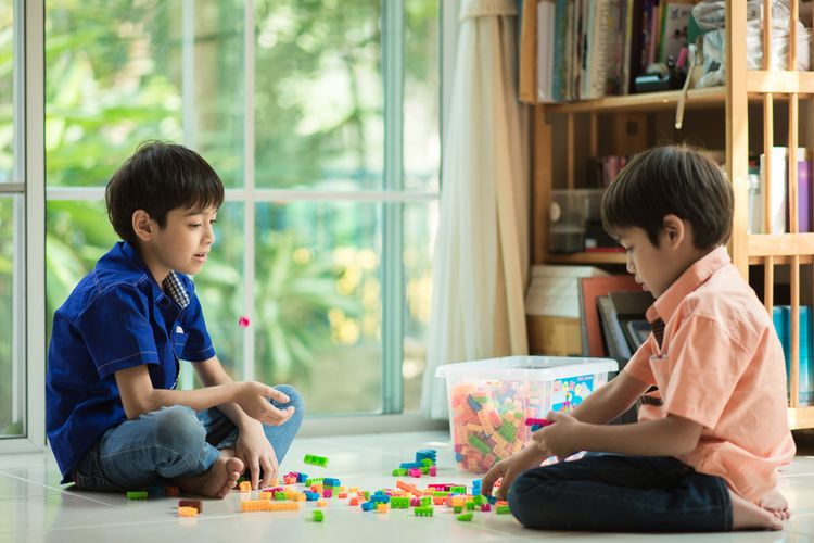 bermain juga hak anak di rumah